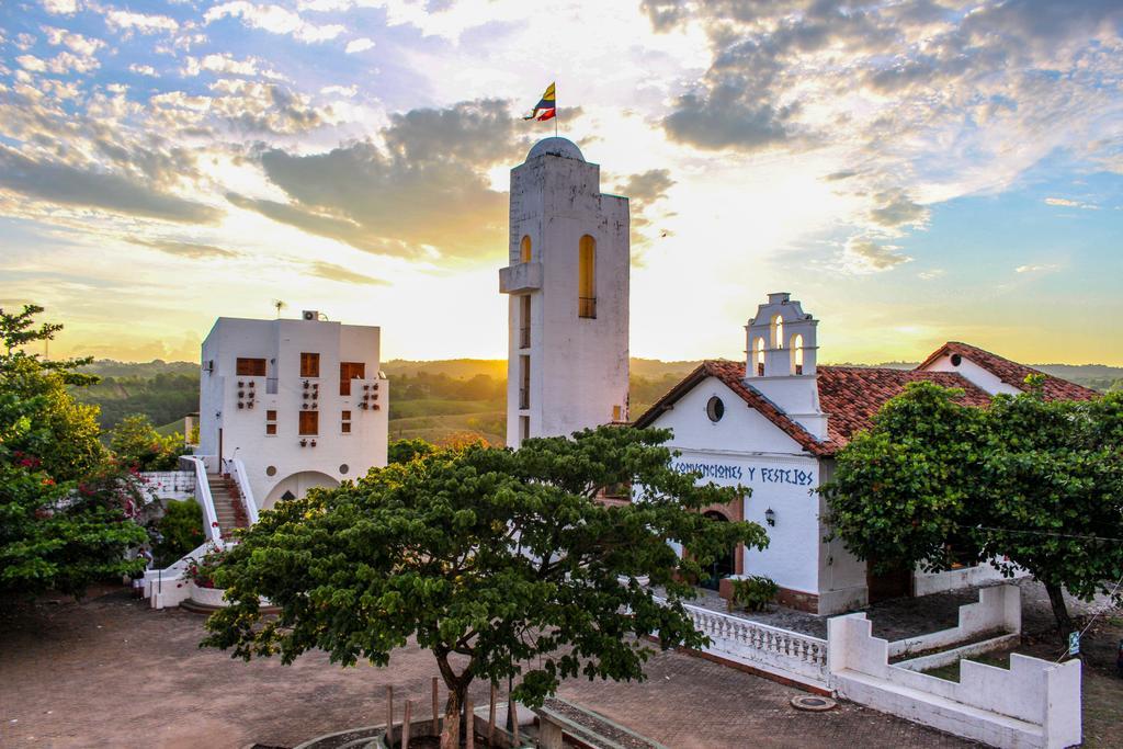Hotel aldea 10 (1)
