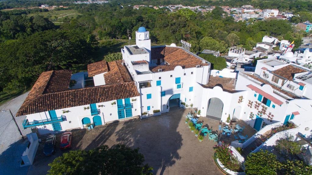 Hotel aldea 8 (1)