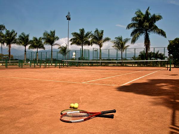 hotel-el-campanario-villavicencio-cancha-de-tenis