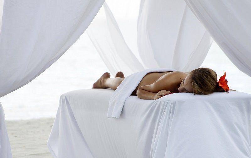 masajes-playa-hotel-santamar_compressed