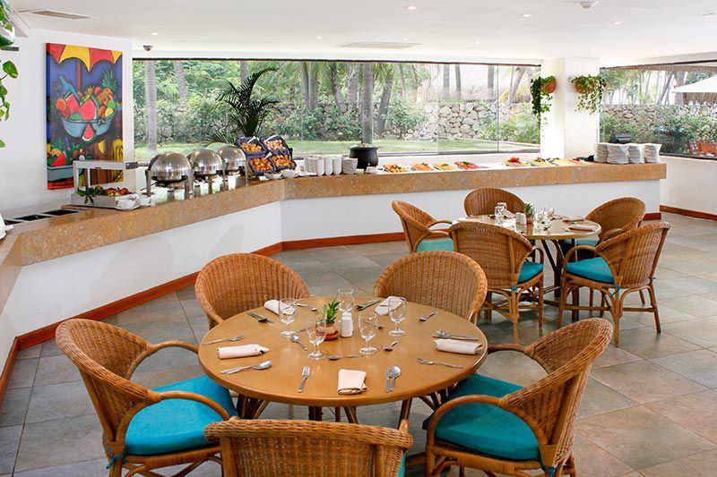 restaurante-buffet-estelar-santamar-hotel_compressed